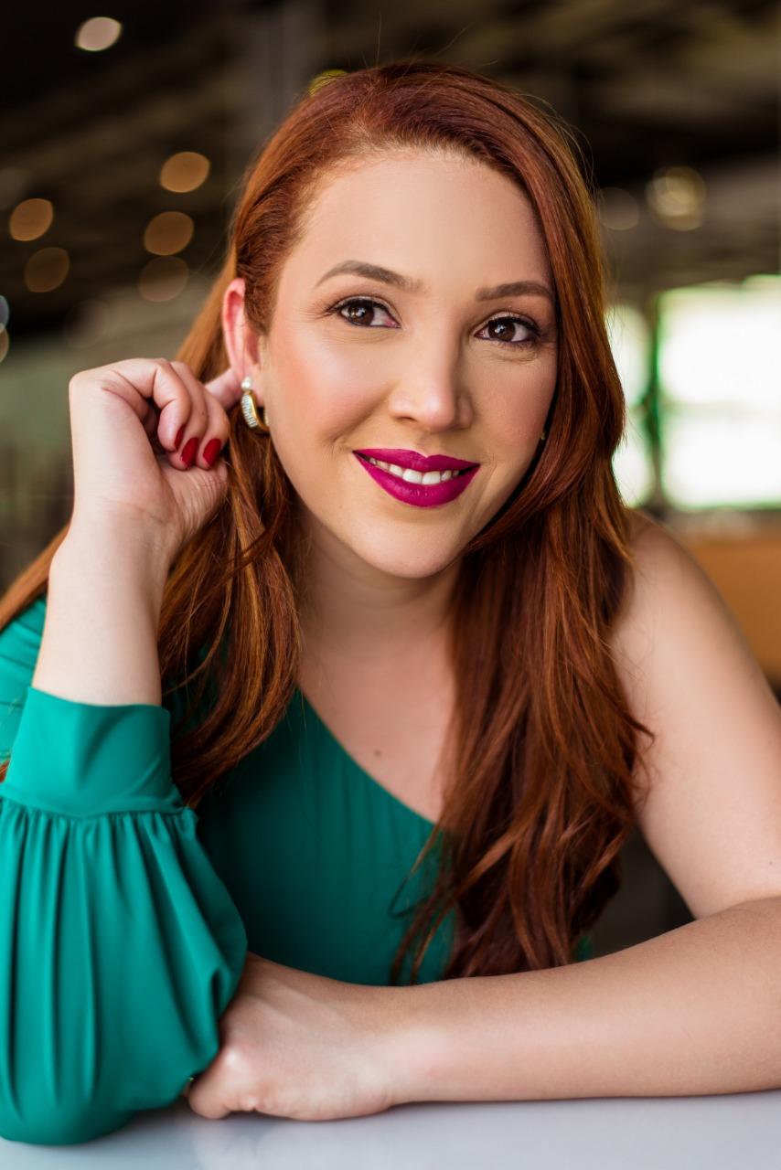 Jéssica Fayer - Psicóloga online e presencial